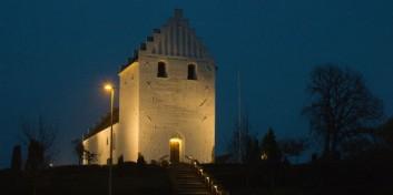 Aften åben i Oure kirke med musik og lys.